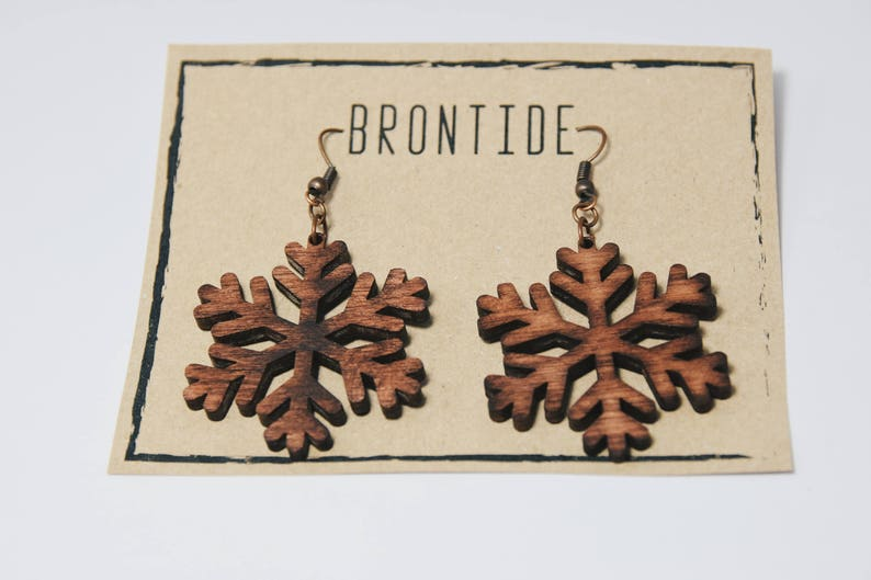 a008441874eda Wooden Christmas earrings - snowflake earrings - Handmade wooden earrings -  Christmas Gift for her - Gift For Girlfriend - Christmas Design