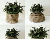 Handmade pot cover crocheted with a natural jute string