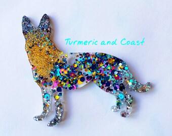 dog breeds glitter keychain Dog Mom gift ready to ship coworker vet groomer gift pet lover Alaskan Malamute Dog Keychain