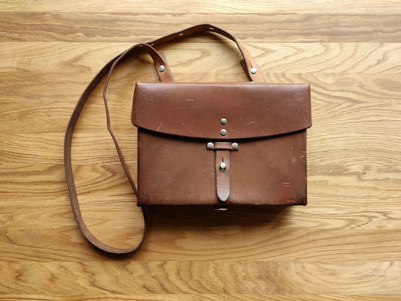 Original Swiss army Cross body leather Bag, Vintag