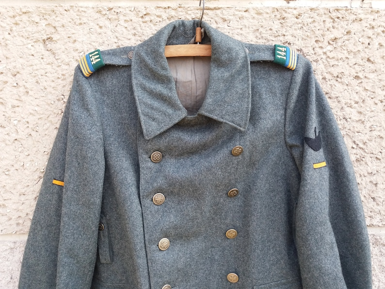 Authentic vintage Swiss Wool Military Coat Greatcoat 1942s Vintage clothing Swiss Army Coat Overcoat Double Breasted Cross Buttons