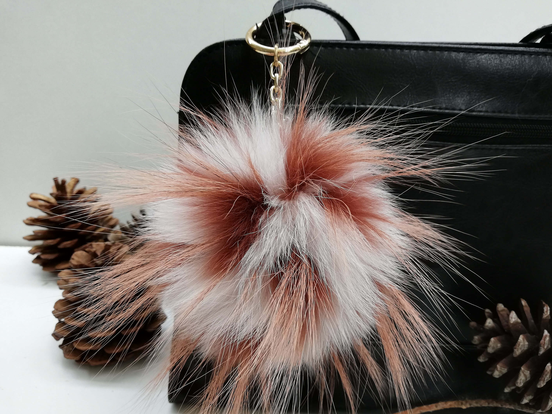 keychain. brown real  finnracoon fur pom-pom bag charm