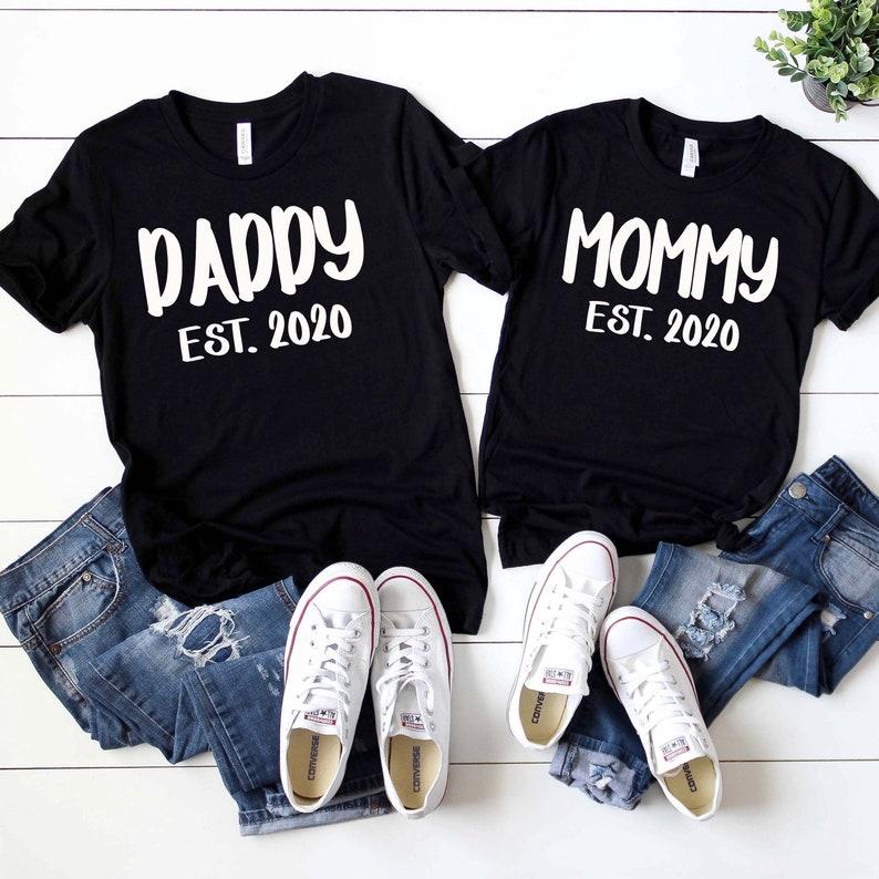 Couples Pregnancy Announcement Shirt Mommy Daddy Est 2020 ...