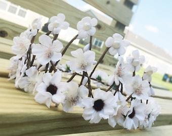 Flower crown, Bridal Headpiece, Twig  crown, White flower crown, Tiara, Fairy crown, Floral Crown, Floral Headpiece