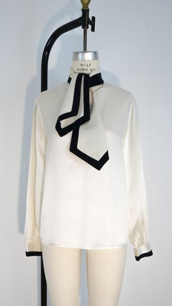 Adolfo Silk Black and White Blouse