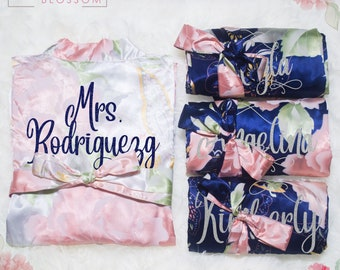 Personalized Satin Silk Floral Robes Bridesmaid Robes, Wedding Gift, Bridal Party Robes, Bride Robe, Bridesmaid Gifts, Floral Satin Robe