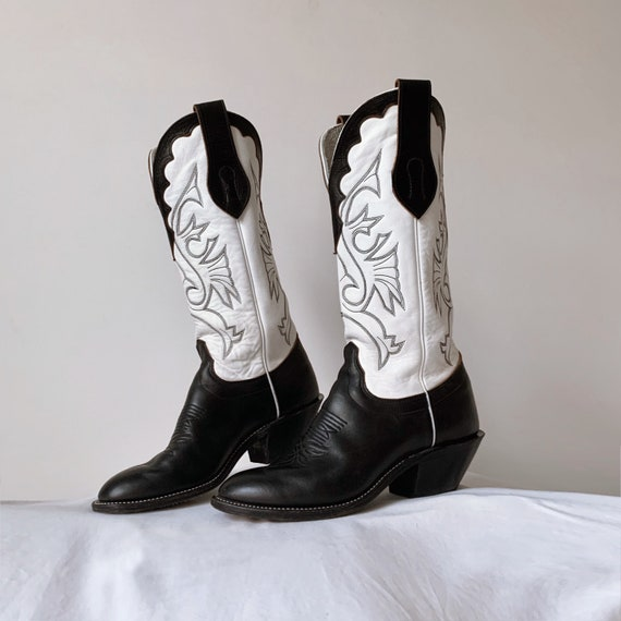 Women's vtg. tall cowboy boots, leather heeled co… - image 1