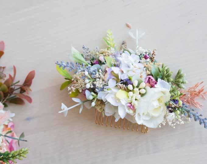 Lavender Hair Comb / Dried flowers Hair Accessory / Bohemian Wedding Flowers Comb / Eucalyptus Babies Breath Florals / Ivory greenery comb