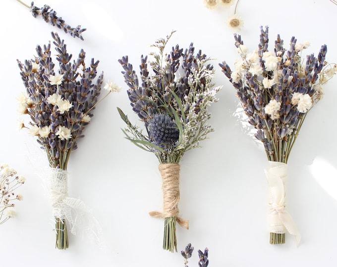 Lavender Boutonniere / Lavender babies breath boutonniere / Lavender Thistle boutonniere / Lavender buttonhole / Men's pin