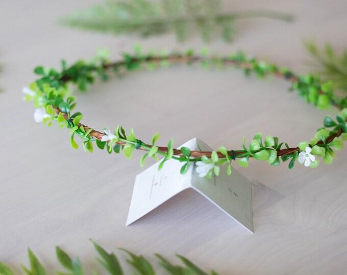 Green Ivory Headpiece / Peach Flower Crown / Floral Hair crown Wedding / Bohemian Wreath / Silk Eucalyptus circlet Hair Accessory