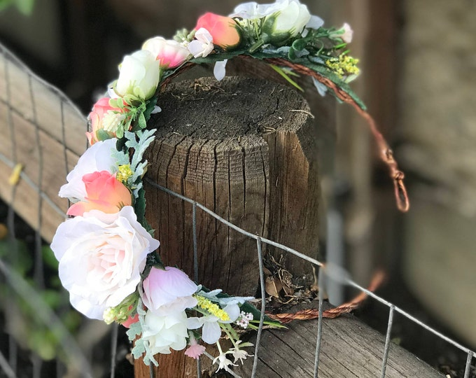 Ivory Flower Crown / English Rose Wedding Headpiece / Flower Hair Wreath / Bridal Floral Halo / Champagne Crown / Romantic Flower Headpiece