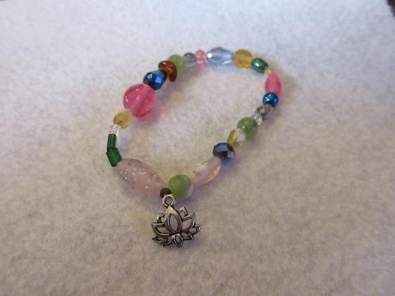 Mala - 24 bead- bracelet with Lotus