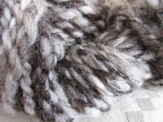 DGR - Hand spun yarn mini skein   *MS2018