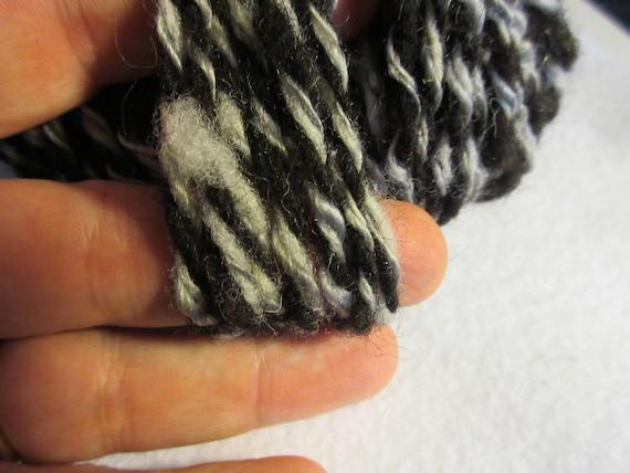 Sliver Of Sliver - Black and white wool and sliver