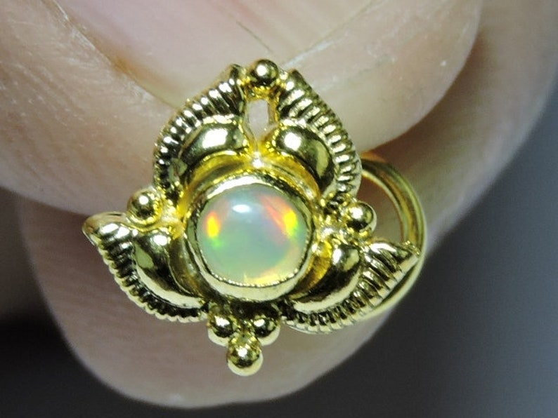 1 Piece Very Beautiful 92.5 Sterling Silver With 24Kt Gold Plated Natural Ethiopian Opal Gemstone Indian Nose Stud For Pierced Nose.