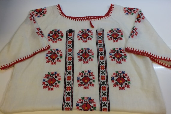 Embroidered blouse, 60s/70s boho summer top, bohem
