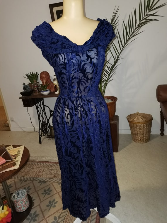 Vintage 1940s velvet navy dress Size S M