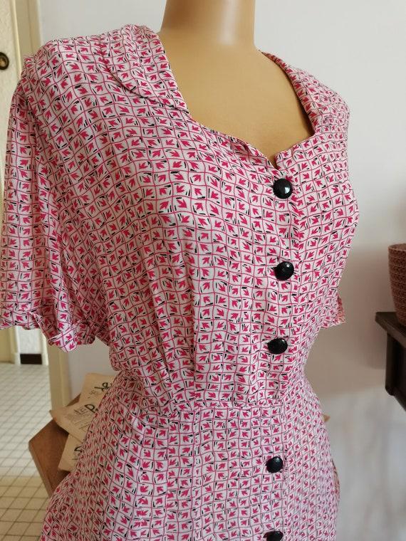 Vintage novelty print 1940s dress Size L XL - image 2