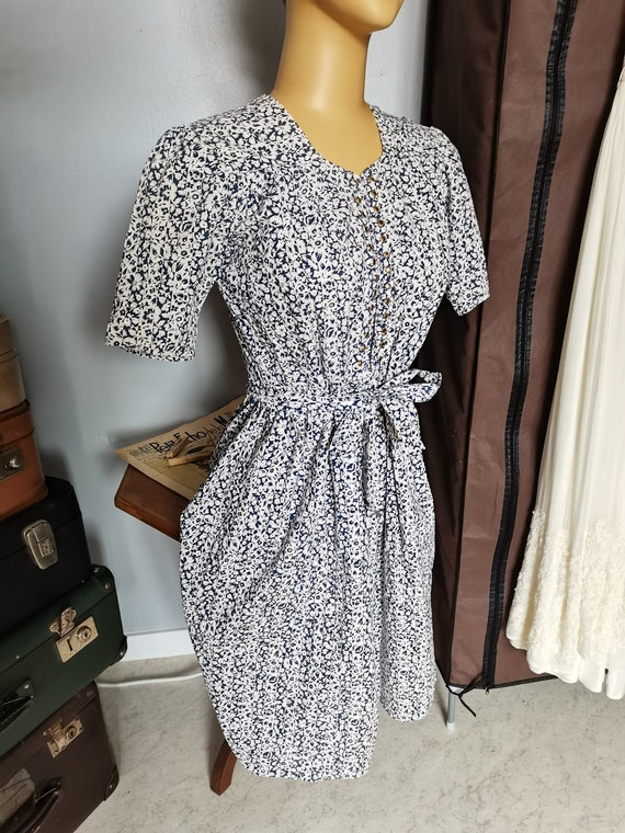 Vintage 1930s puff sleeves navy floral dress Size