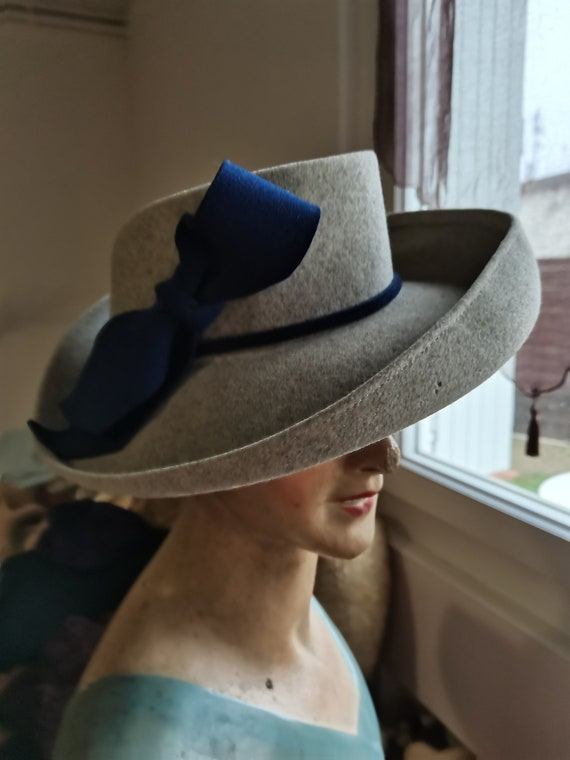Vintage 1930s 1940s French grey hat