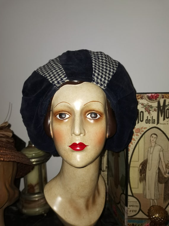 Vintage 1940s halo French hat beret