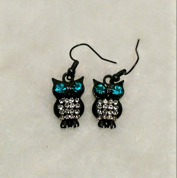 Mothers Day gift Gift for her Long beaded owl earrings Birds and animals Prom jewellery Owl charm Black multi-sheen bead earrings