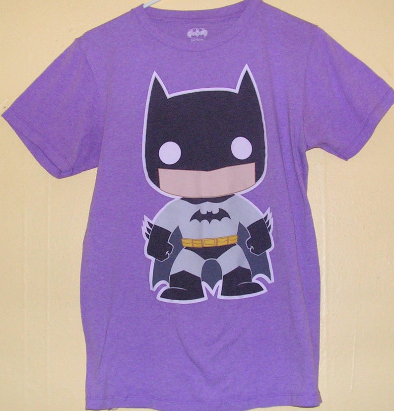 a90ccc58aa97d 90s BATMAN T-Shirt Adults size Small official product comic con collection  Vintage tee