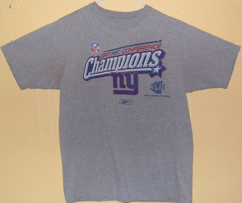 NY New York Giants Size Adult Large T-Shirt NFL Team  8402ad3a2
