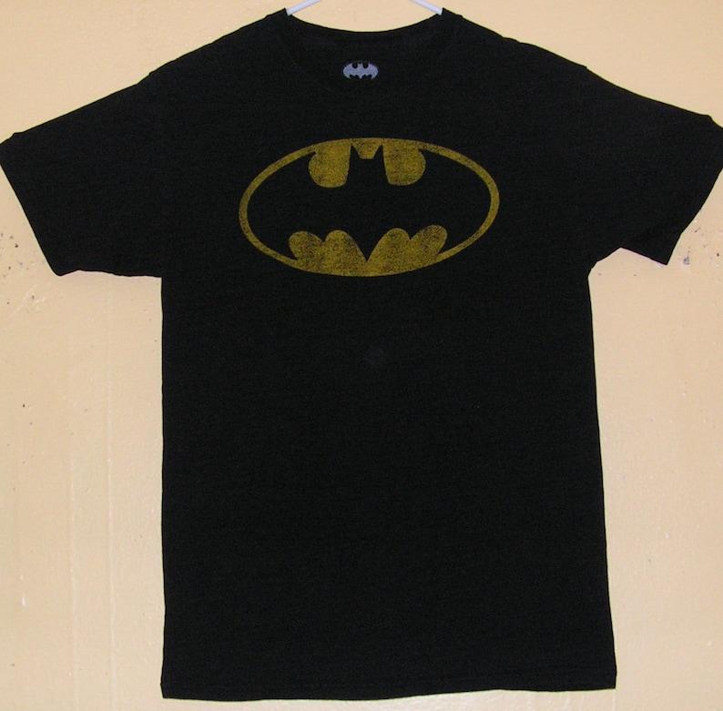 544abe90ec46d 90s BATMAN T-Shirt Adults size MEDIUM official product comic con collection  Vintage tee