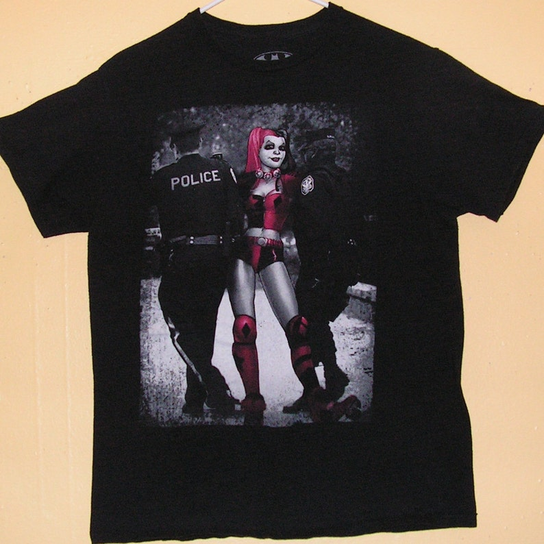 98e8657ff8e86 90s BATMAN T-Shirt Adults size Medium official product police swat comic  con collection Vintage tee