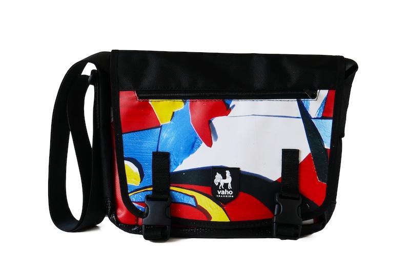 66b8e3e1d9c4 Crossbody bag. Vegan billboard messenger bag laptop man and