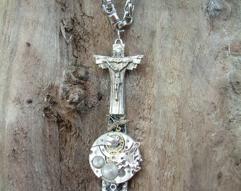 Massive necklace with a cross