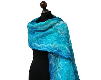 Turquoise silk felt scarf, blue felted scarf, silk and merino wool shawl, felt scarves for women, shades of blue, felt sea scarf, nuno felt
