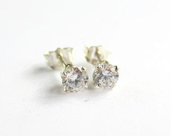 0441fcdad Tiny Cubic Zirconia Stud Earrings - CZ Solitaire Earrings - April  Birthstone Post Earrings - Bridesmaid Gifts - 925 Sterling Silver- 4mm