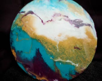 Acrylic Resin pour - Upcycled Vinyl record
