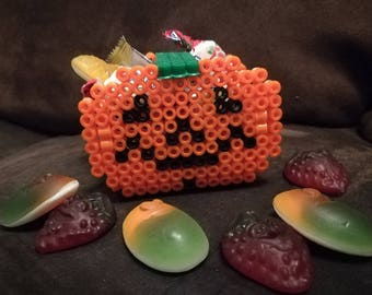 HALLOWEEN candy Pumpkin orange and black for the decorative beaded iron-on box