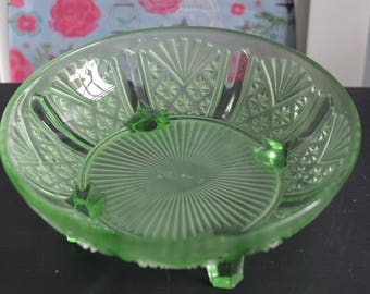 Gorgeous Green Vintage Pressed Glass Clear Fruit Bowl Punch Bowl Serving Bowl (A8b)