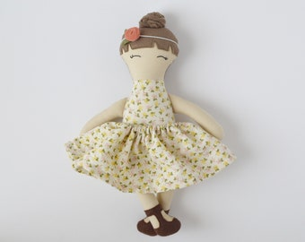 topknot cloth doll, vintage personalized cloth doll, fabric doll, big sister gift, flower girl gift, baby shower gift, nursery decor