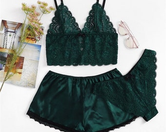 425fb4771a8cb Sexy Green lingerie bra set (check size on images before ordering)