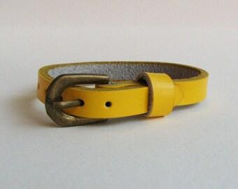 Yellow leather bracelet watch - nice quality - woman minimalist leather bracelet