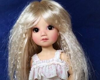 Monique Doll Wig size 7-8 JROCK in Champagne Blonde