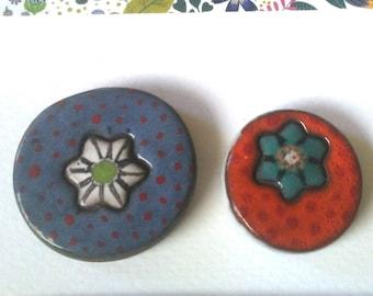 Tesserae or floral design ceramic cabochons