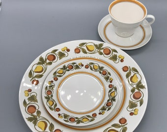 Vintage Franciscan White Ware Pickwick Dinnerware Set