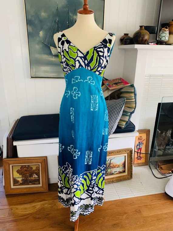 Vintage Malihini Hawaii Blue Hawaiian Dress