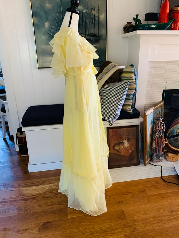 Vintage 1960's Yellow Poplin Prom Dress - image 4
