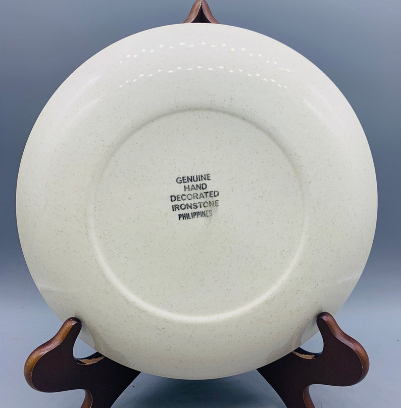 1960\u2019s Set of 4 Mismatched Ironstone Dinner Plates