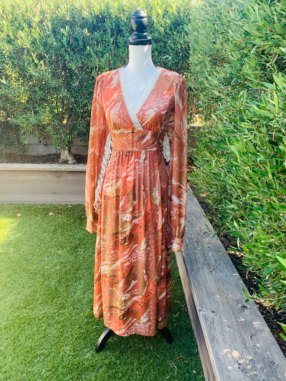 1970's Boho Chic Dress With Lace Trim