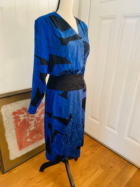 1980's Flora Kung Silk Blue and Black Dress - image 2