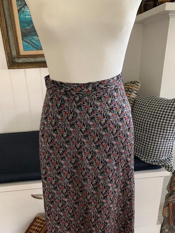 1970's Vintage Metallic Knit Maxi Skirt - image 2