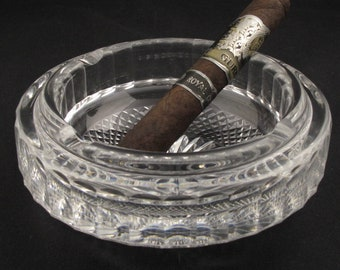 Ashtray by Tiara Exclusives Tobacciana Urn Holder Frosted Crystal Lighter